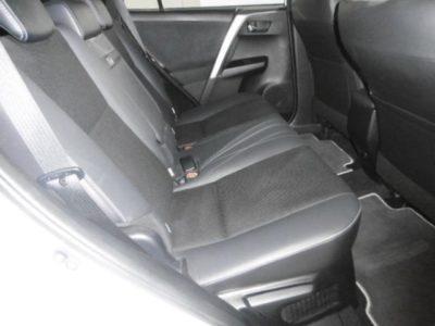 Toyota RAV-4 2.5 hybrid 2WD Feel!