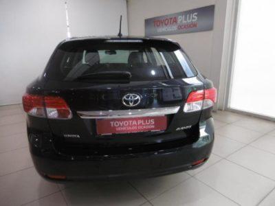 Toyota Avensis 120D Executive
