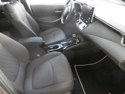 Toyota Corolla Sedán 125H Active Tech