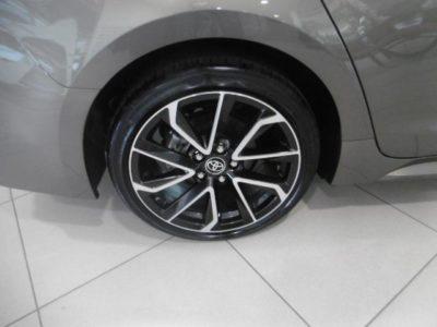 Toyota Corolla Touring Sports 180H Feel!